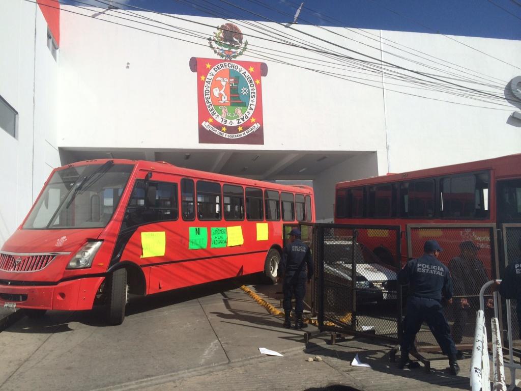 Emejing Cuarte De Huerva Autobuses Images - Casas: Ideas & diseños ...