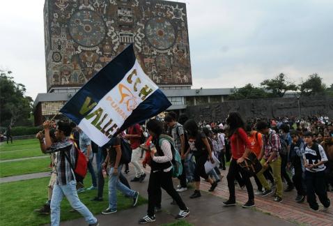 Ni UNAM ni el Rector dan la cara, y 62