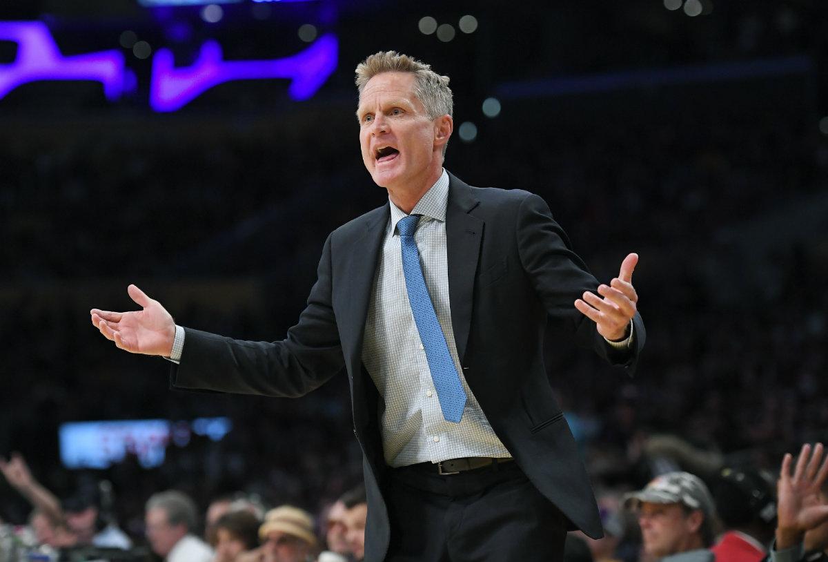 Recibe Steve Kerr extensión de contrato con Warriors
