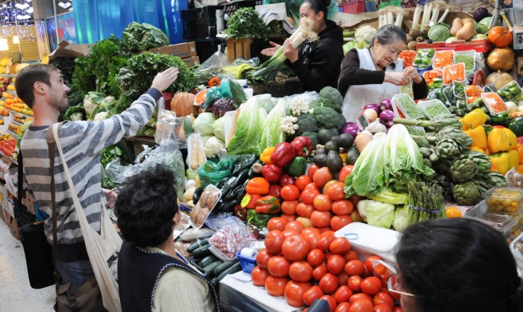 Inflación anual suma 5 meses a la baja