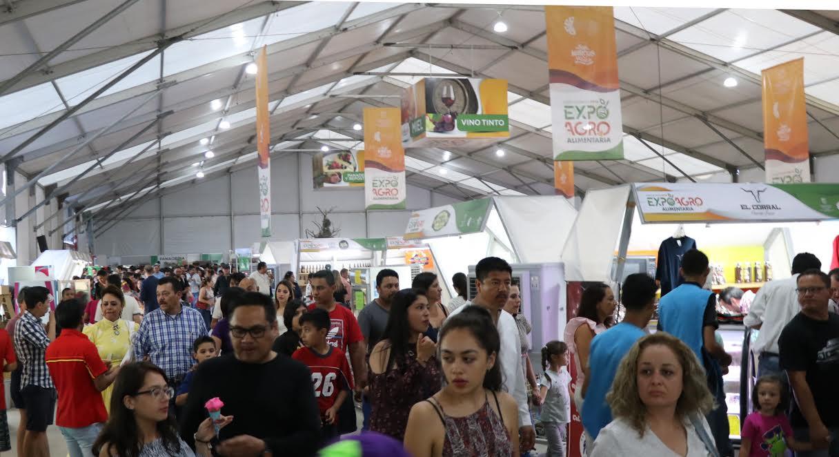 Dentro de la Feria Nacional de San Marcos se lleva a cabo la Feria ...