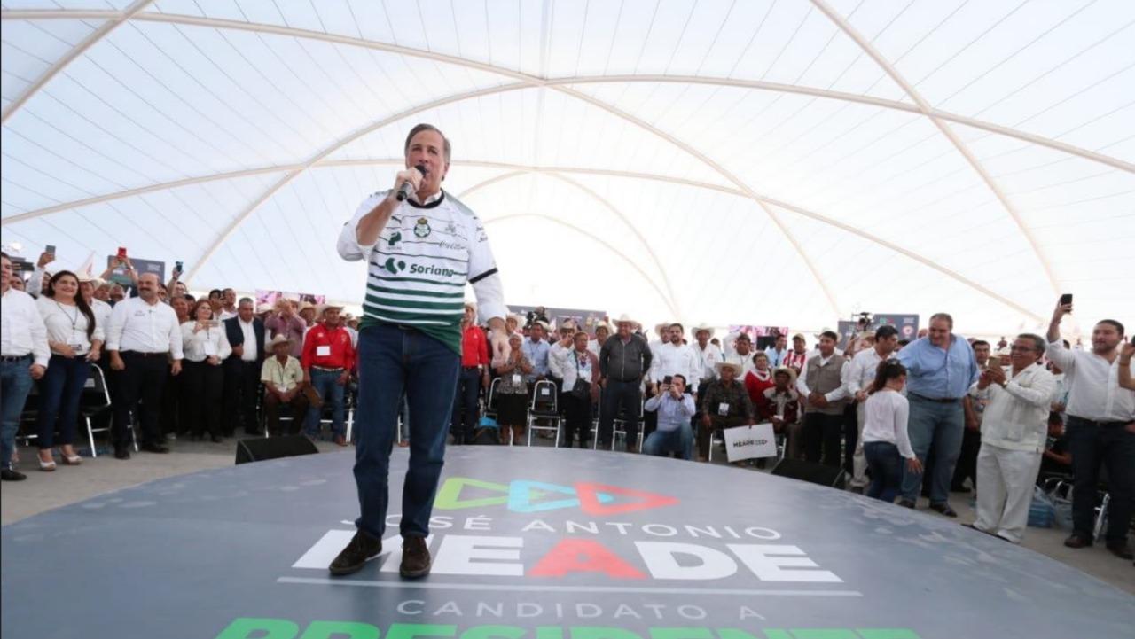 Respaldan 10 mil campesinos a Meade: CNC
