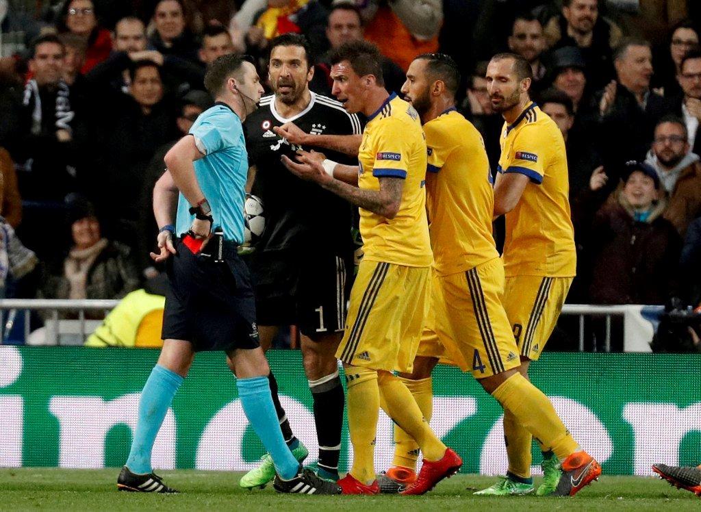 UEFA suspendió a Buffon por tres partidos — No hubo piedad