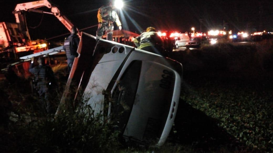 Siete muertos y 28 heridos por accidente de autobús en México