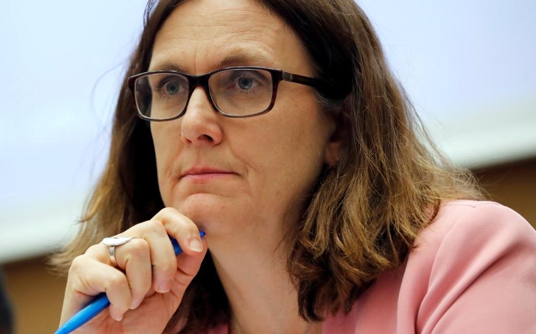 La UE responde a la guerra comercial de EEUU y activa aranceles