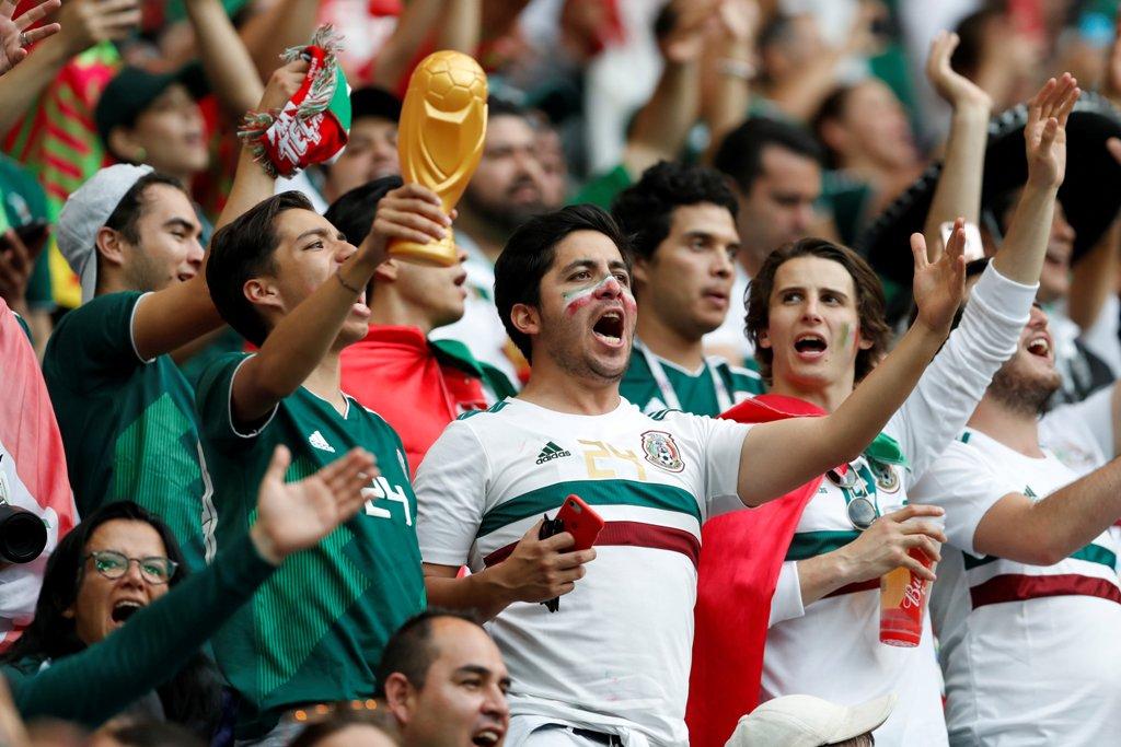 Nueva multa para la Femexfut por culpa de la afición mexicana