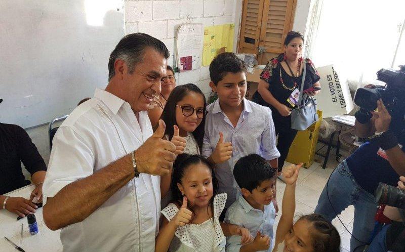 Resultado de imagen para JAIME RODRIGUEZ CALDERON, YA VOTO EN NUEVO LEON