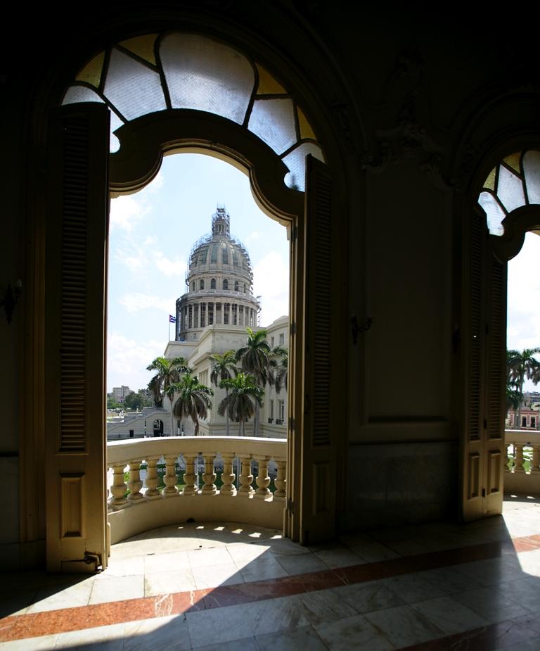 El Capitolio cubano, visto desde el GTH. (Foto: Patricia Curiel   MILENIO)