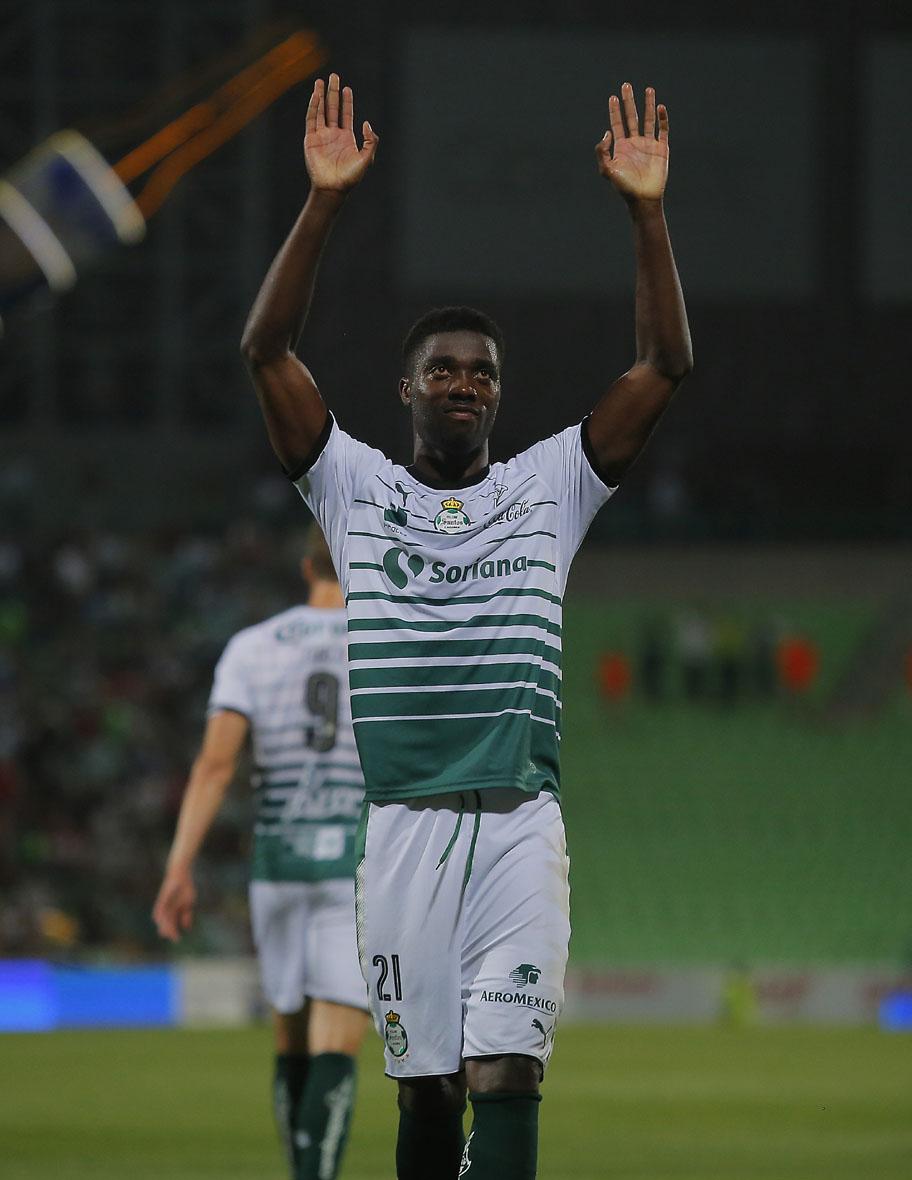 Djaniny se escapa al fútbol árabe, Santos lo vendió al Al-Ahli