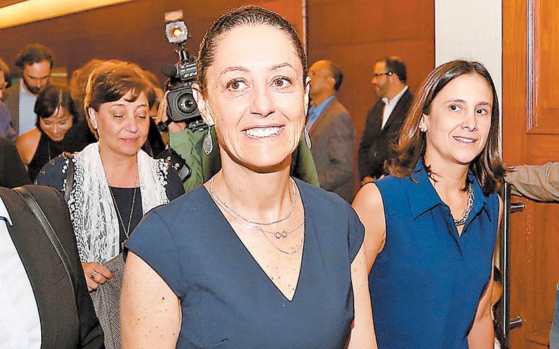 Claudia Sheinbaum creará la Secretaría de las Mujeres; anuncia su gabinete