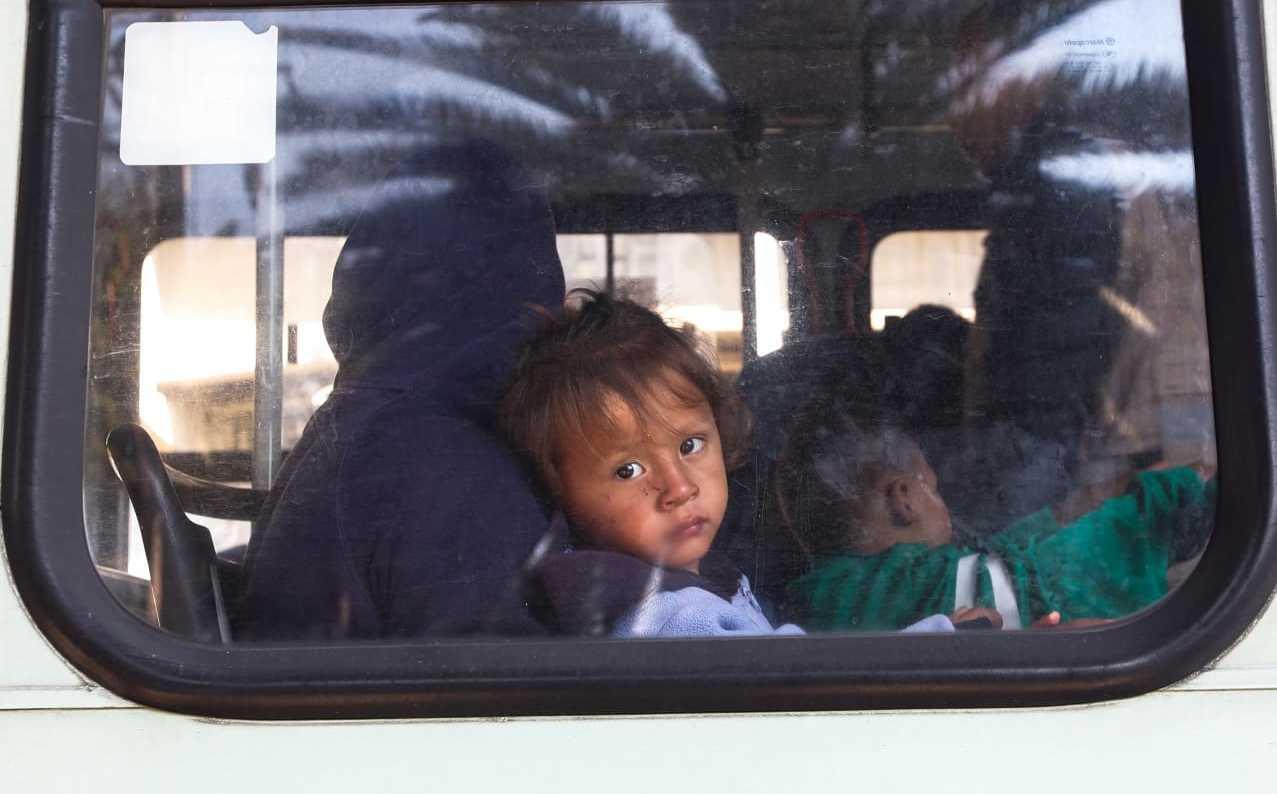Caravana migrante suma 9 mil 471 personas en seis estados
