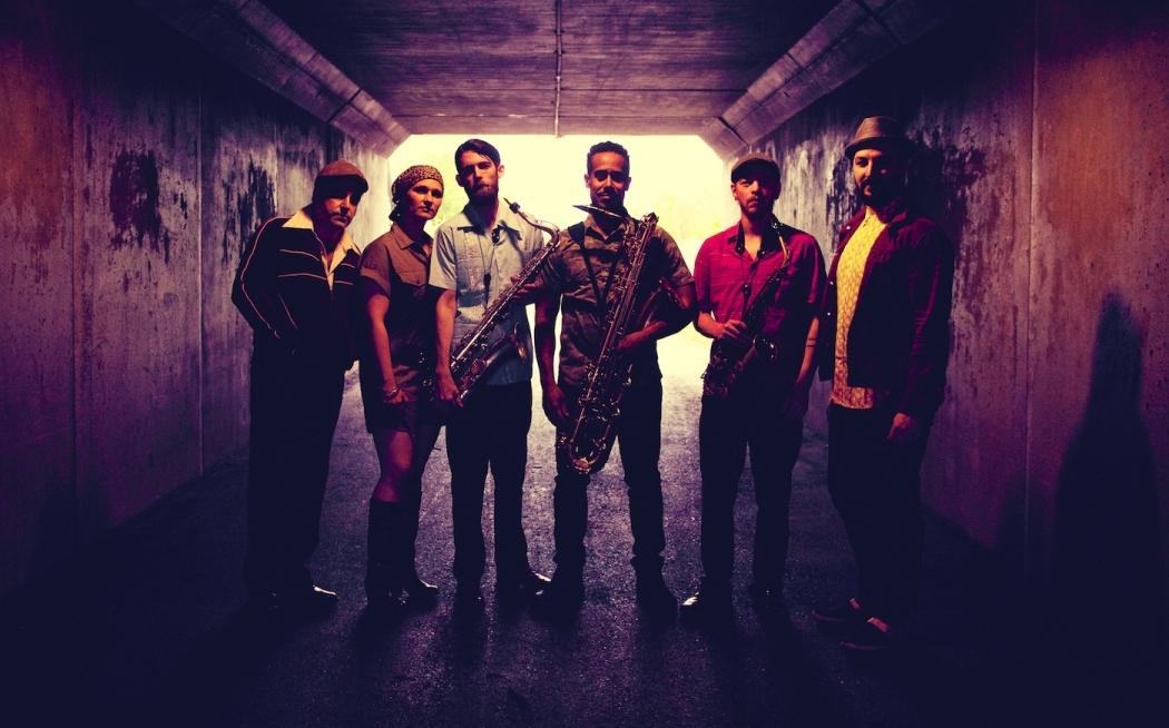 Bahidorá 2019: The Souljazz Orchestra y su propuesta multicultural