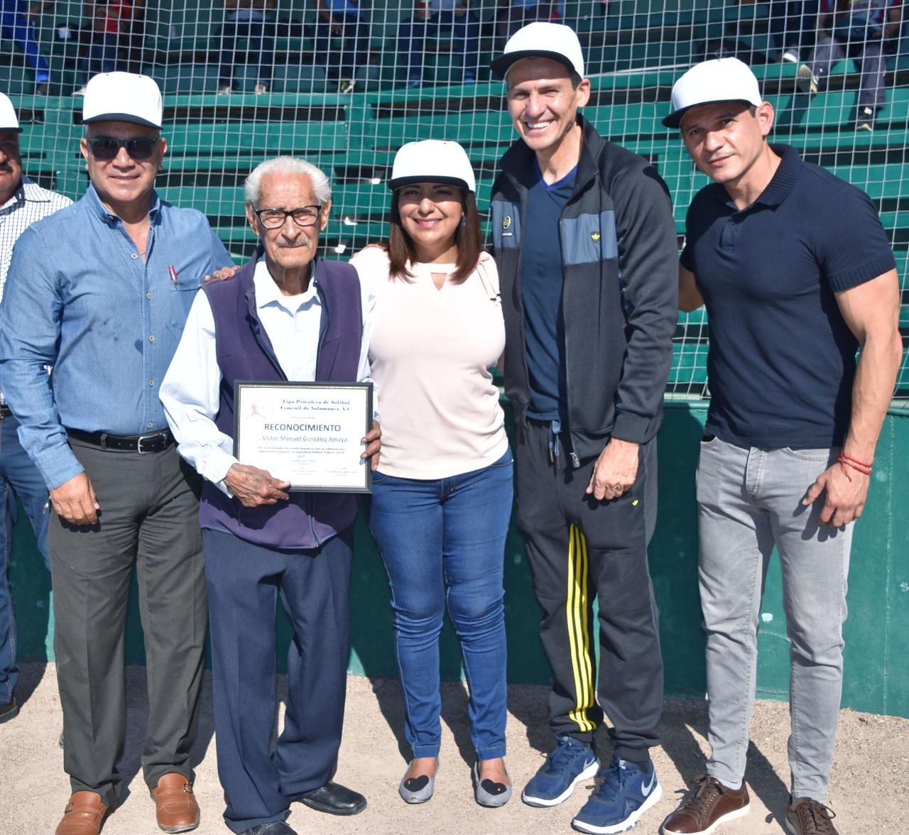 Salamanca revive práctica del sóftbol femenil