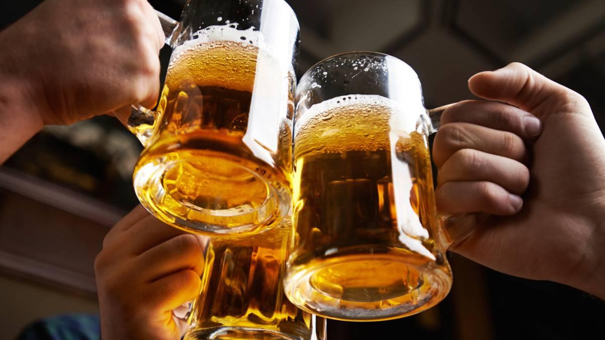 En Alemania regalan cerveza por no poderla vender ante coronavirus