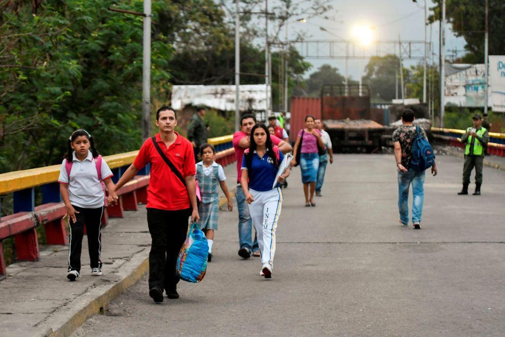 GuaidóLadrón - Noticias Internacionales - Página 24 Primeras-manana-guardia-nacional-bolivariana