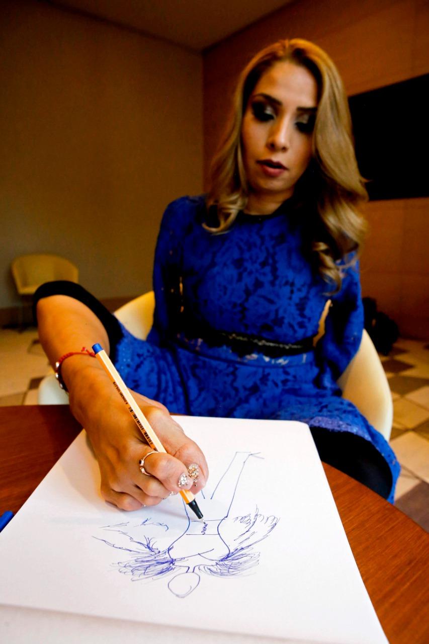 6d8eaebf En abril, la también activista de 41 años mostró su nueva línea de ropa en  el Fashion Week México, en donde presentó una colección otoño-invierno de  12 ...