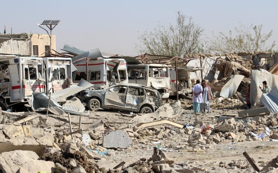 Afganistán: atentado suicida con coche bomba en hospital deja muertos