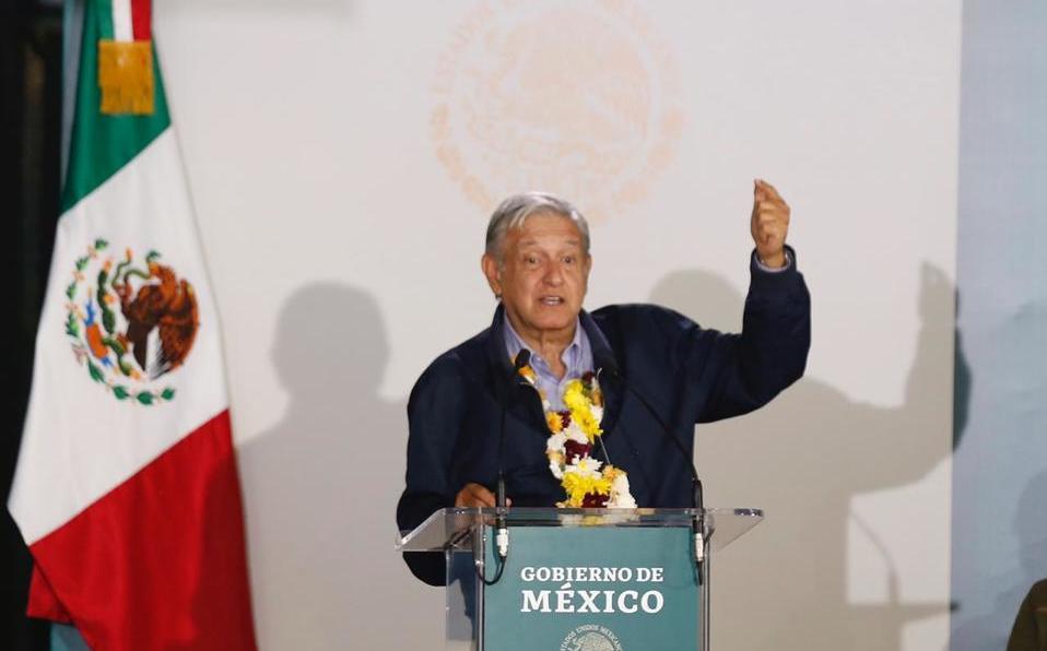 AMLO recuerda excesos de presidentes anteriores y los llama corruptos