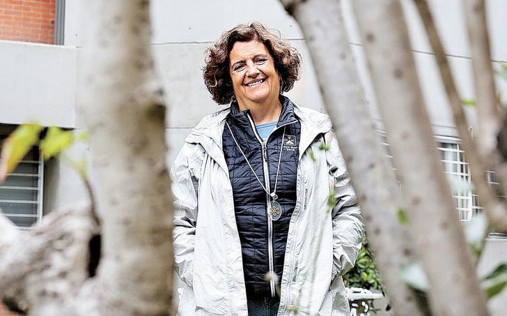 Científica de la UNAM ya se codea con Darwin y Einstein