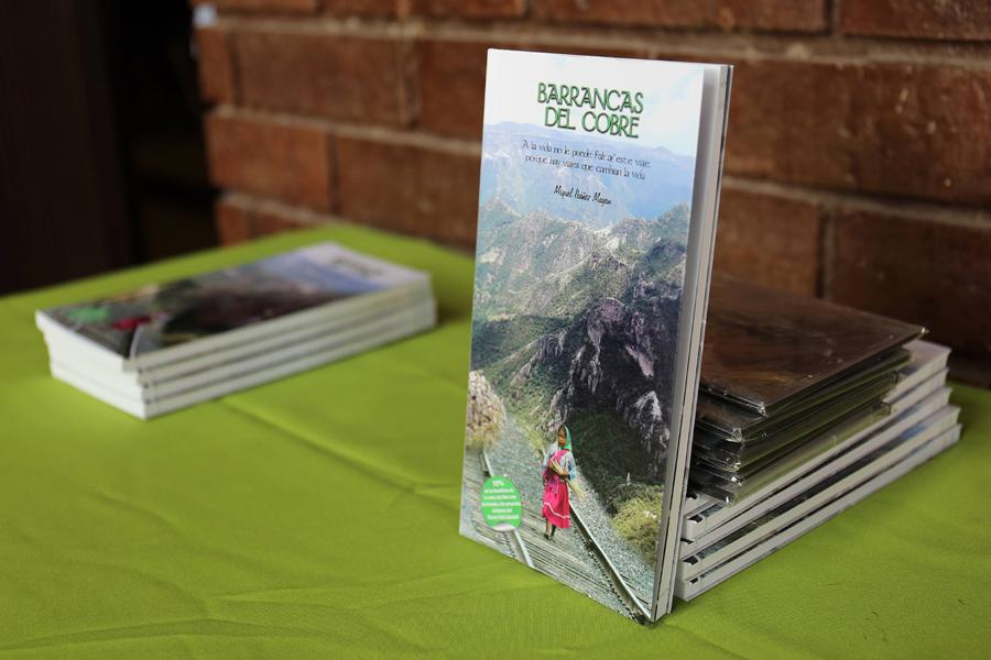 Torreón: Presenta libro Barrancas del Cobre - Milenio