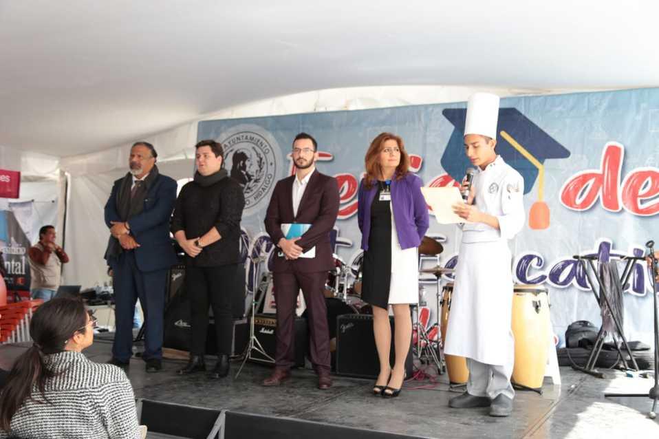 Entrega Pachuca un promedio de 350 becas anuales para educación superior - Milenio