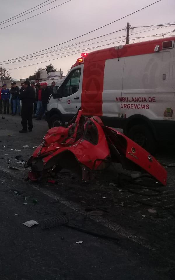 Conductor muere en choque en Calzada Del Pacífico - Milenio