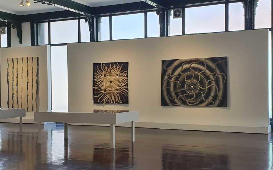 Muestra en memoria de Toledo abre serie de exposiciones del Museo de Arte Fisher