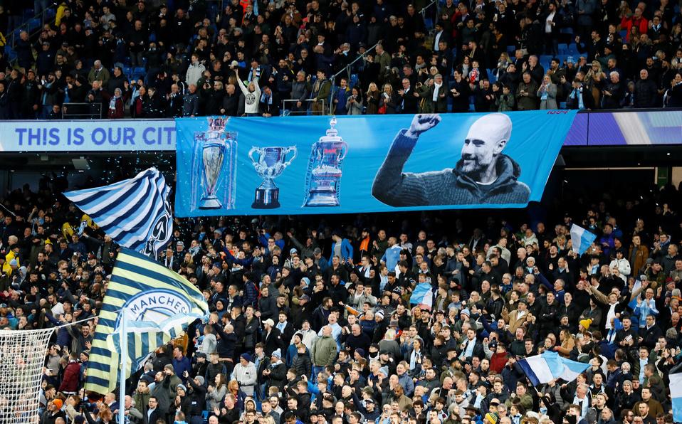 Arrestan a aficionado del Manchester City por actos racistas