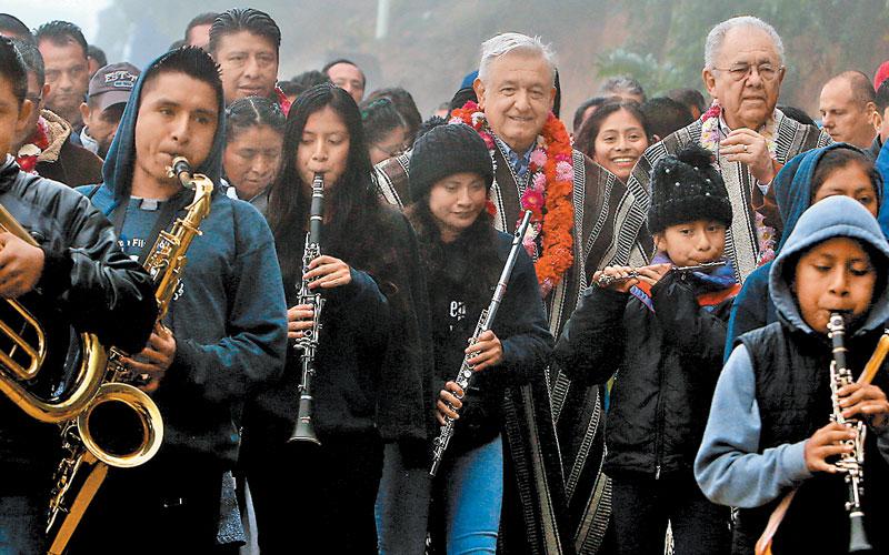 Oaxaca: darán 16 mdp a bandas de música