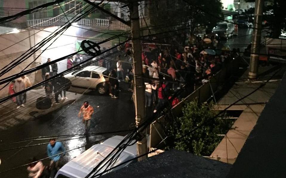 Despite the coronavirus, they celebrate in the Peñón de los Baños thumbnail