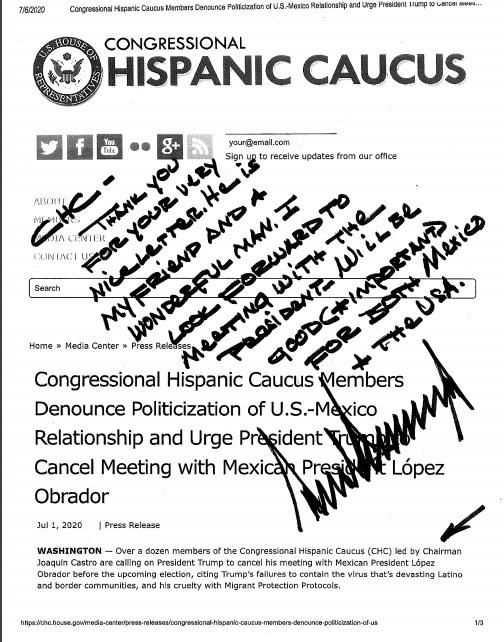 La respuesta de Trump fue a mano y encima de la carta del Caucus Hispano. (Especial)
