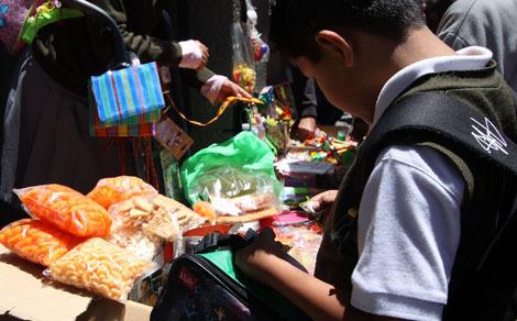 foto de Prohibir venta de comida chatarra no resuelve obesidad infantil: IP