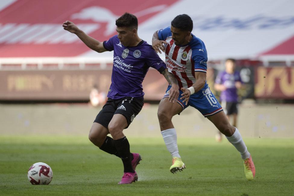 Chivas se impone como local a Mazatlán FC