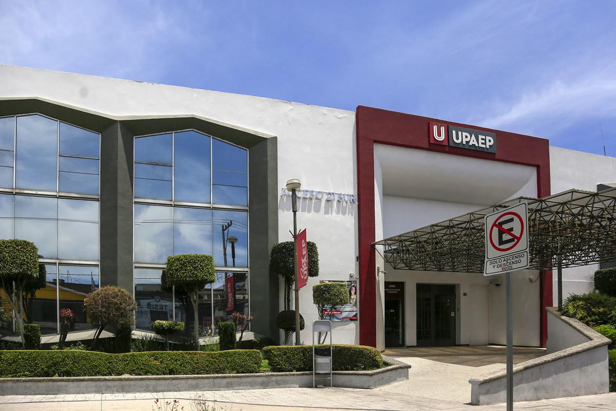 UPAEP firma convenio con Ayuda en Acción México