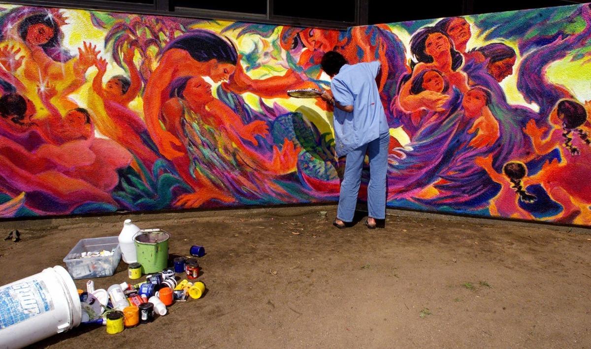 Barrio Logan La Comunidad Chicana De San Diego