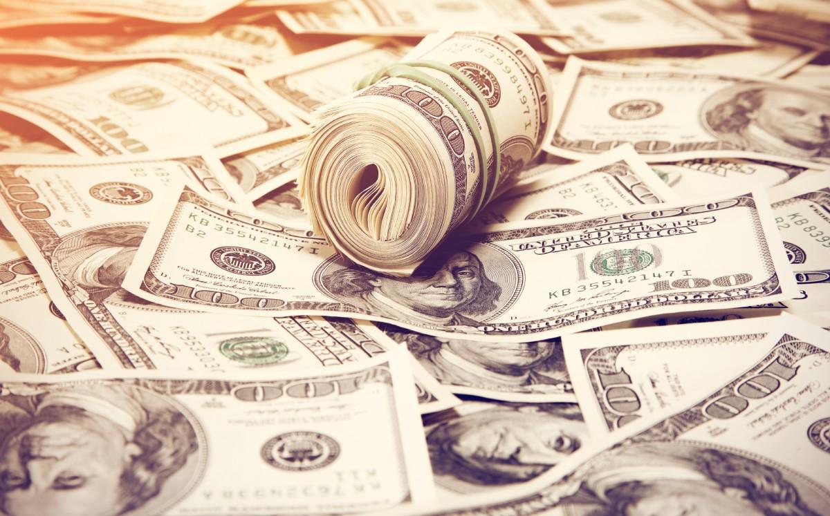 Precio del dólar hoy: Peso sube ligeramente, atento a tasas bonos de EU