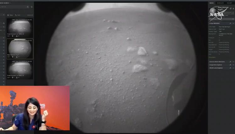 La primera imagen captada del Rover Perseverance en su llegada a Marte.
