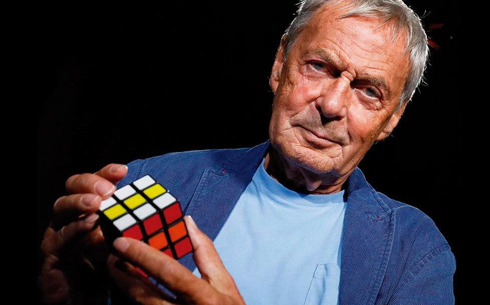 Erno Rubik, creador del cubo de Rubik