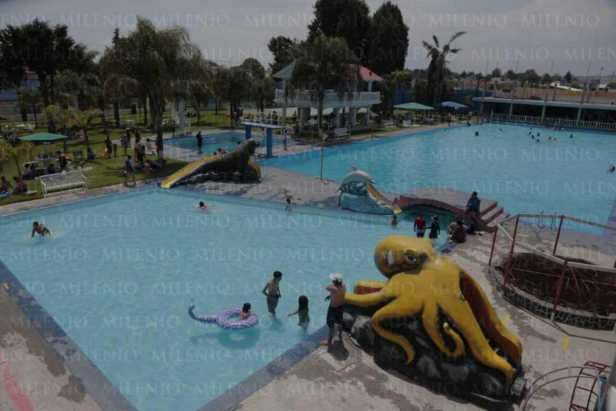 Con amparo Federal, balneario Puerto Escondido abre sus puertas