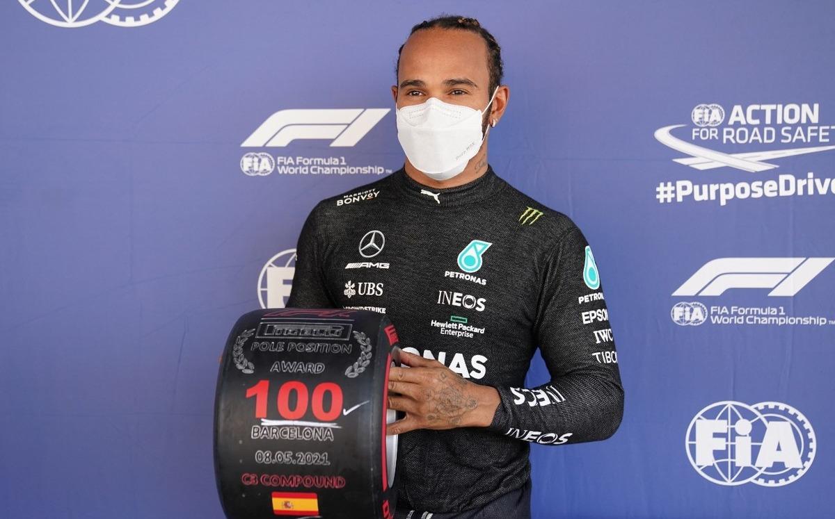 Lewis Hamilton consigue su pole position 100 en GP de España