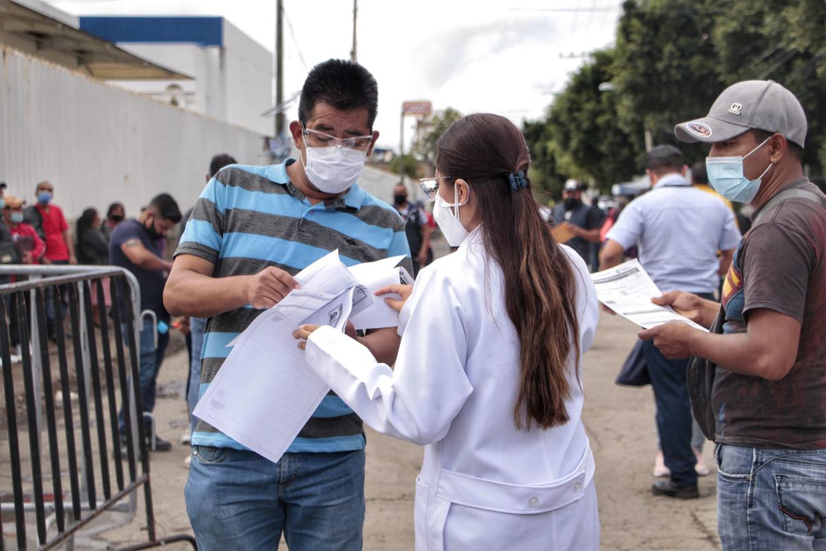 Aduana retiene vacunas Sputnik y retrasa inicio de jornada en Puebla capital